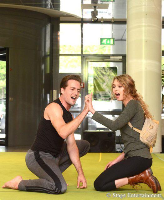 Offene Probe bei Disneys Musical TARZAN Tessa Sunniva van Tol (Jane) und Alexander Klaws (Tarzan) Premiere am 6. November im Stage Metronom Theater Oberhausen