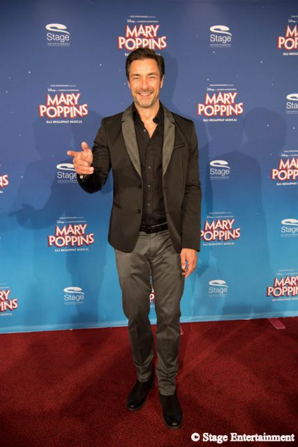 Marco Schreyl MARY POPPINS Ð DAS BROADWAY MUSICAL Premiere im Stage Apollo Theater in Stuttgart am 23.10.2016