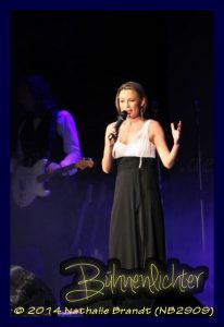 0005-2992nathalie_brandt_nb2909_musical_meets_rock_2014