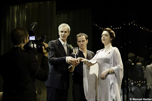 Angus Wright (Claudius), Andrew Scott (Hamlet) and Derbhle Crotty (Gertrude) - credit Manuel Harlan (237)