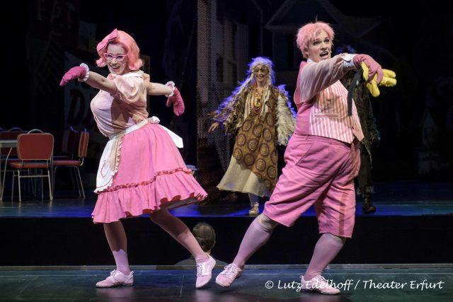 Feline Zimmermann (Schweinchen Dicklinde), Anja Augustin (Oma Eule), Markus Fetter(schweinchen Didi)