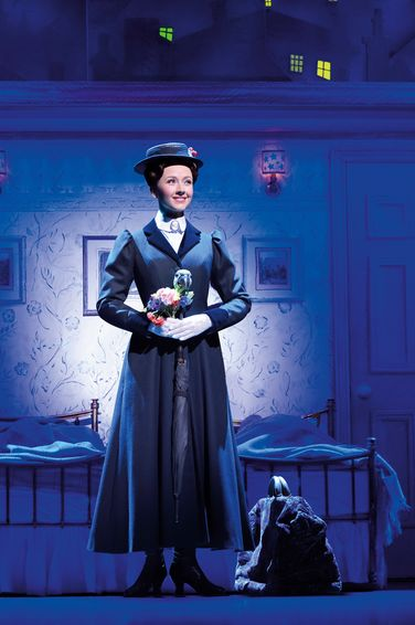 Elisabeth Hübert als Mary Poppins