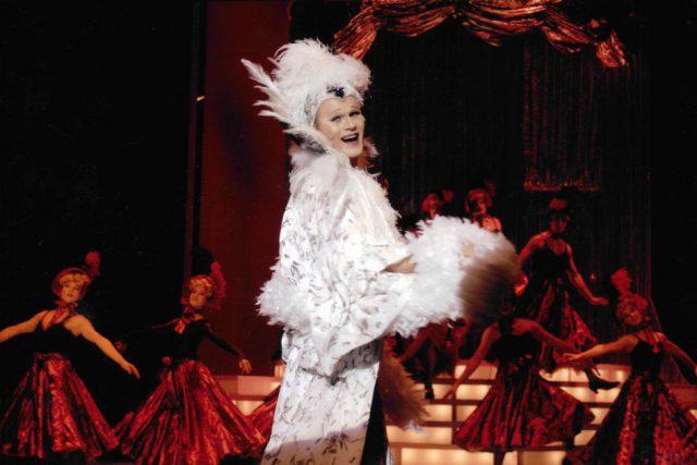 Jon Geoffrey Goldsworthy als Zaza (c) Theater Pforzheim 2003