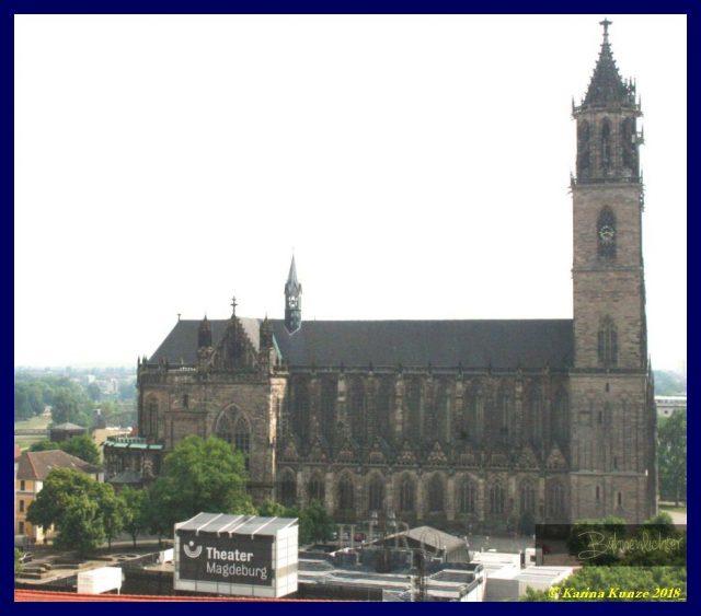 Domplatz_Bühne-c-Karina-Kunze-2018-Jesus-DomplatzOpenAir-2018-c-Karina-Kunze-2018-Jesus-DomplatzOpenAir-2018