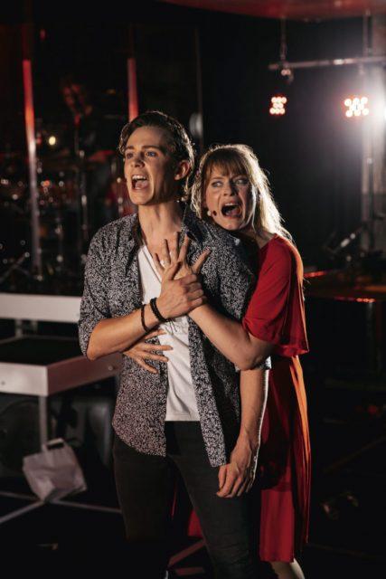 Lukas Sandmann und Felicitas Geipel in den Rollen Gabe und Diana /  © Luca Gercke
